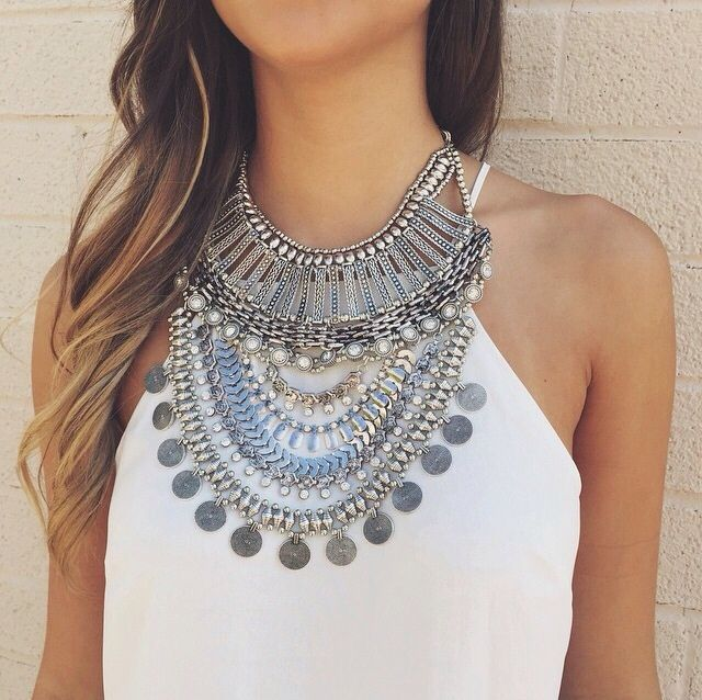 Fab statement necklace.: Silver Boho Necklace, Silver Boho Statement Necklace, Statement Necklaces, Silver Necklace Statement, Accessories Jewelry Necklace, Coin Statement Necklace, Boho Style, Bib Necklaces, Boho Jewelry Necklace