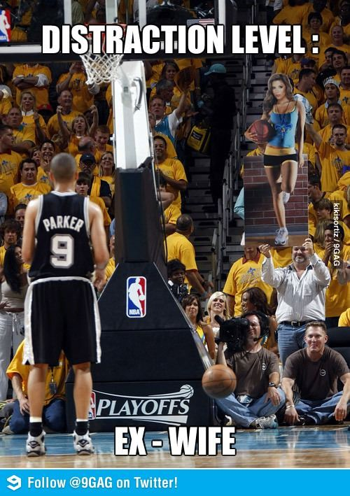 This is so wrong. Haha! Actually, I just want to know what kind of comments this guy got carrying in the cutout. |Humor||LOL||Basketball||Spurs||Sports funny|: Distraction Level, Giggle, Funny Stuff, Funnies, Humor