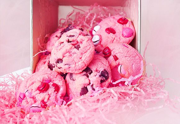 Breast Cancer Awareness Pink Chocolate Chip Cookies!   * Making these for the Future Nurses Club Bake Sale*: Valentines Day Cookies, Chocolate Chips, Recipe, Breast Cancer Awareness, Cookies Valentines, Pink Chocolate, Food, Pink Cookies, Chocolate Chip C