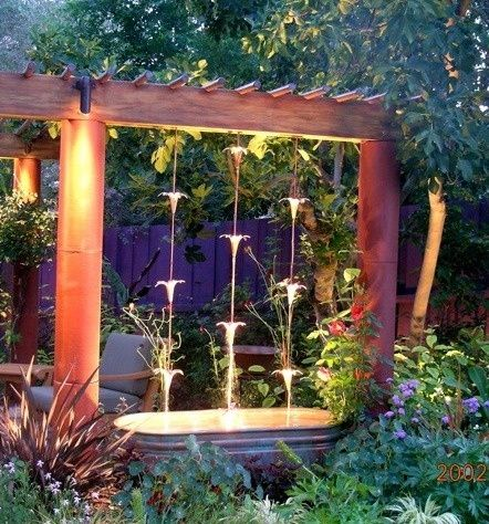 Rain Chain waterfall. This might just be the water feature I have been looking for. | protractedgarden: Waterfeatures, Water Features, Chain Waterfall, Rain Chains, Garden Water, Outdoor, Rainchains, Backyard, Water Garden