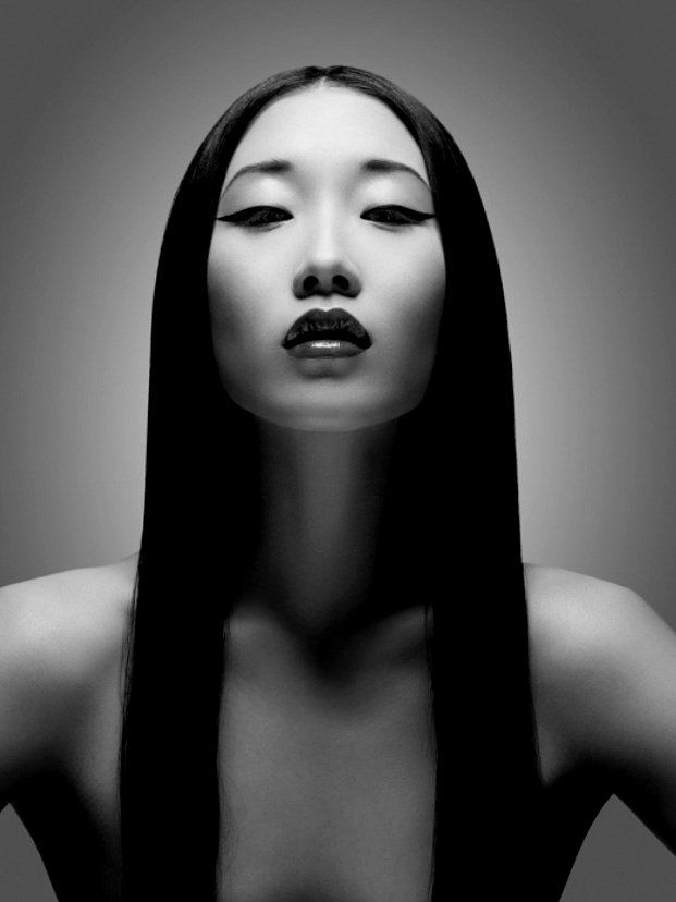 Yiqing Yin for HEA7EN Magazine by Davolo Steiner || Original in color http://www.my-fashionbank.com/photo/6756.html: Faces, Makeup, White, Fashion Photography, Yiqing Yin, Beauty, Portraits, Black