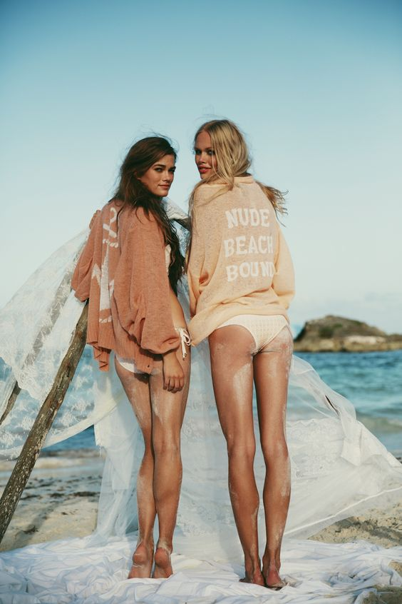 ❤So do you think we should take a similar picture in gulf shores? Kinda looks like us right? ❤: Beaches, Beach Babe, Fashion, Girl, Inspiration, Style, Nude Beach, Wildfox Lagoon, Summer