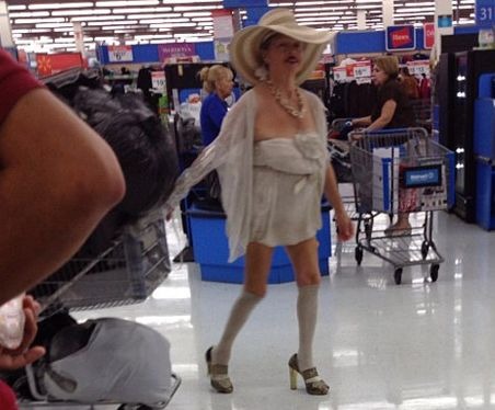 WARNING: The People Of Wal Mart May Cause Severe Nightmares (15 Photos). - Funny Pictures at Walmart: Walmartians, Funny Pictures, Walmart Shoppers, At Walmart, Wal Mart, Funny Stuff, Walmart People, Walmartpeople, People Of Walmart