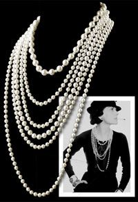 Coco Chanel's personal style followed a very simple rule: dress with high quality basics and combine them with an outstanding accessory. These were her 'ingredients' for an elegant and timeless look.  In some of her most famous portraits you will see Coco