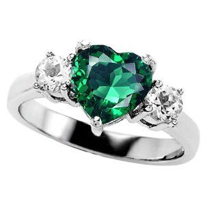 Hear Shaped Emerald Rings