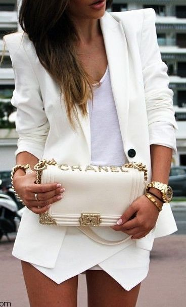 #street #fashion work in style Chanel all-white & gold @wachabuy
