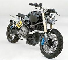 Gah! its so pretty!!!! damn if I could own this *drool* id be in love. I want a BMW Motorcycle or any bike really xD