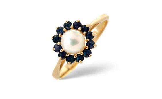 White pearl ring -- this is like the one I lost of my mother's :-(: Wedding Ring, Pearl Diamond, Idea, Pearl Rings, Pearls, Pearl Engagement Ring, Engagement Rings