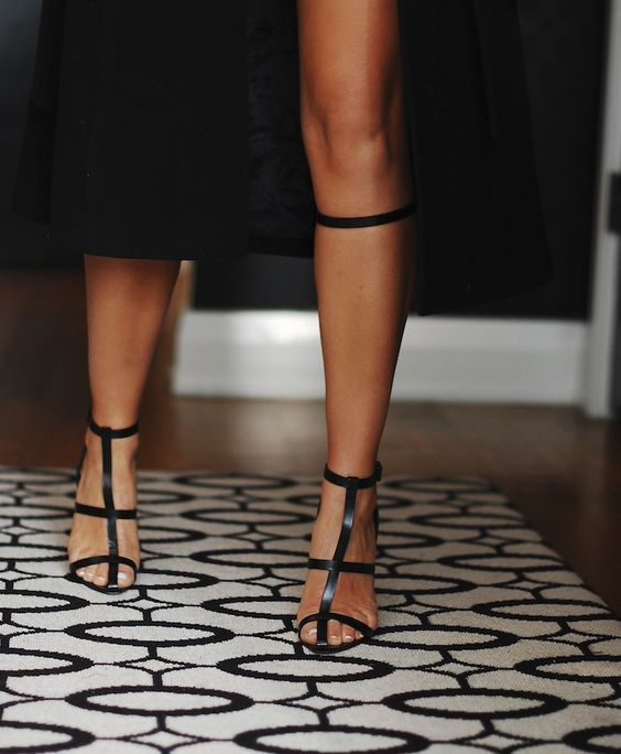 Alexander Wang. Match with pencil skirt and oversized blouse.