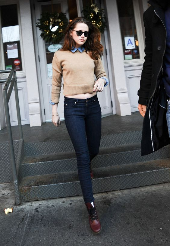 jumper over shirt + jean + docs, love kristen stewart style