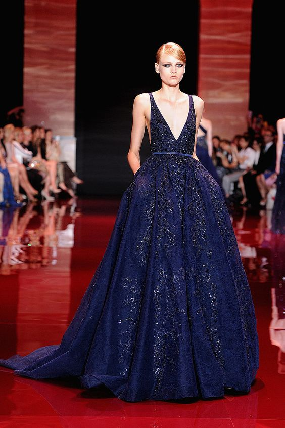 Our pick for Amy Adams's Golden Globes gown: Elie Saab Haute Couture