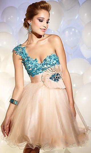 This dress is so adorable. I would wear it to prom or homecoming in a heart beat but, If I were to make it differently, I would. Maybe taking away the flower near the waist and taking the focus off of the waist area.