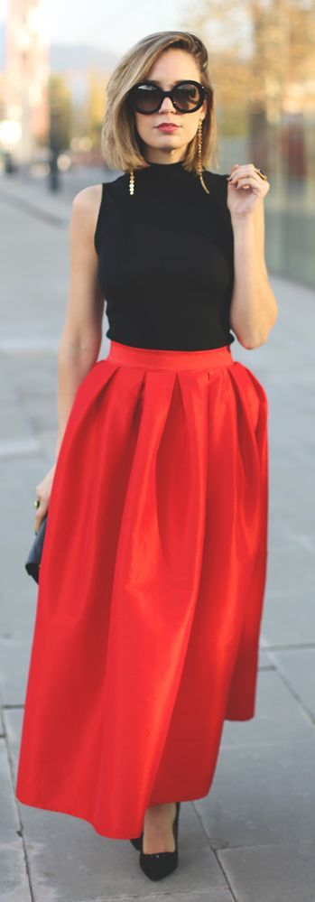 Red Pleated Maxi Skirt: Showroom Blog, Fashion Outfit, Maxi Skirt Outfits, Red Pleated, Red Maxi Skirt Outfit, Street Style, Pleated Maxi Skirts