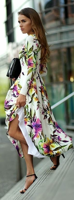 The spring 2014 is coming soon! Have you been ready for the new season and the latest fashion trend now? Let*s check out some hot looks that will become popular: Floral Maxi, Maxi Dresses, Fashion, Floral Prints, Summer Dress, Street Style, Outfit, Floral