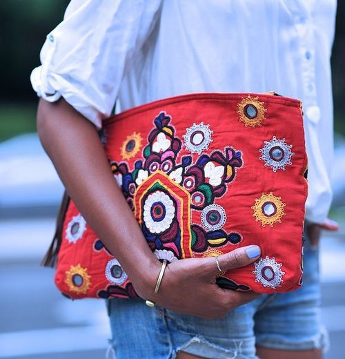 . . embroided clutch . .
