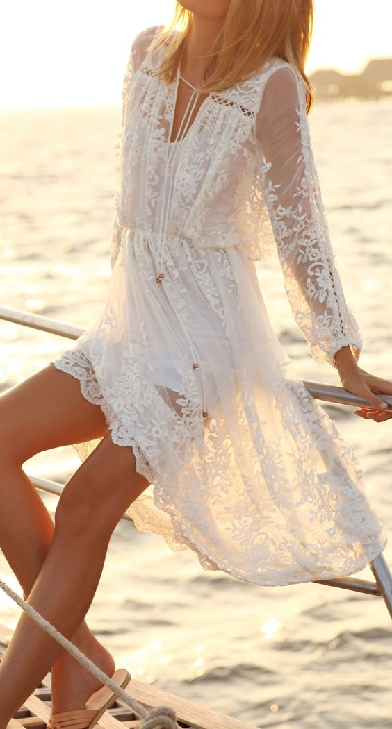 ♡ Summer Beach Style - Boho / Bohemian / Gypsy Lace Dress - If you like my pins, please follow me and subscribe to my fashion channel on youtube! (It's free) Let me help u find all the things that u love from Pinterest! https://www.youtube.com/channel/UCC