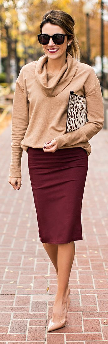 Camel and burgundy pair well together! Wear them to the office for a classic and sophisticated look. LOVE!: Pencilskirt, Fall Work Outfit, Fall Outfit, Pencil Skirts, Work Outfits, Fall Skirt Outfit, Fall Winter