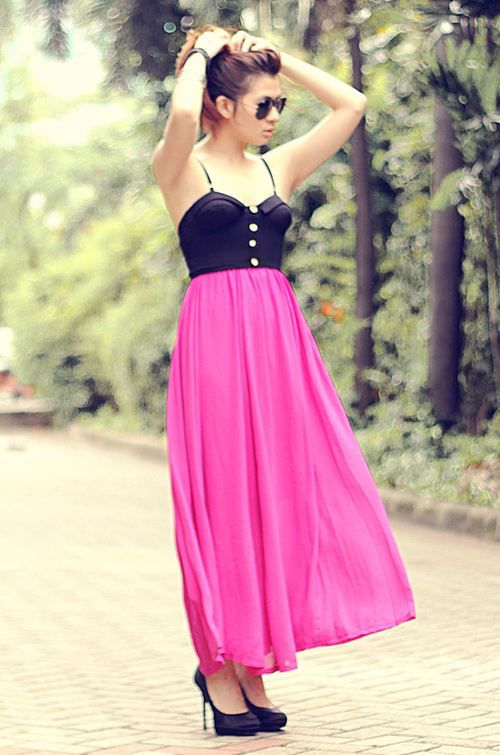 if i could pull off maxi dresses, i would love this.