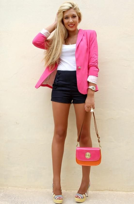 Super cute and fun! Love the shorts and pink blazer