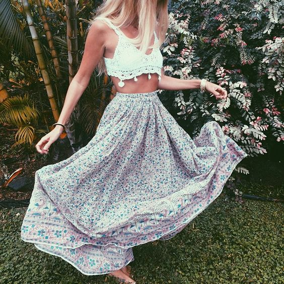 Follow @laymevue for amazing fashion : Gypsy Fashion, Floral Maxi, Crop Tops, Crochet Crop Top, Boho Style, Maxi Skirts