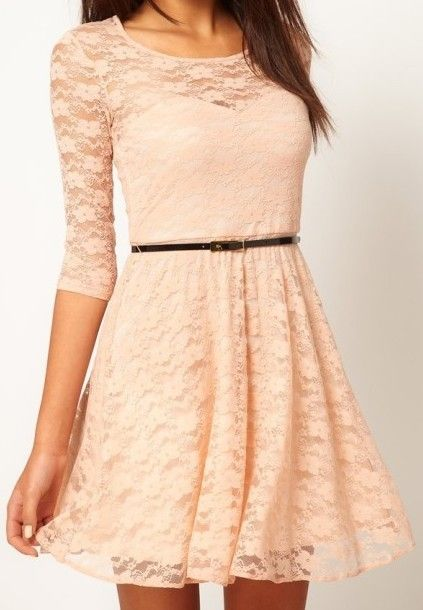 I love the sweetheart neckline under the lace — and the belt makes it all perfect.