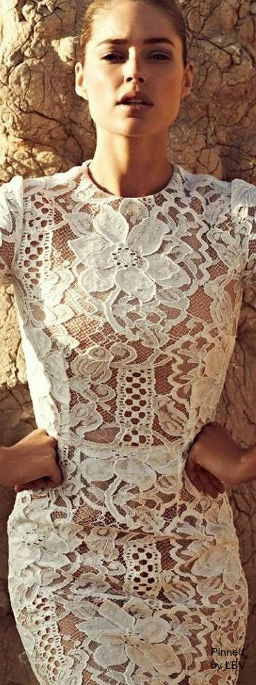 Nice people dating know that you only get one chance to make a first impression! #Dolce y Gabbana #firstdate: Lace Crochet, Gabbana Lace, White Lace Dresses, Dolce & Gabbana, Dolce And Gabbana, Dress Lbv, Second Wedding, Doutzen Kroes