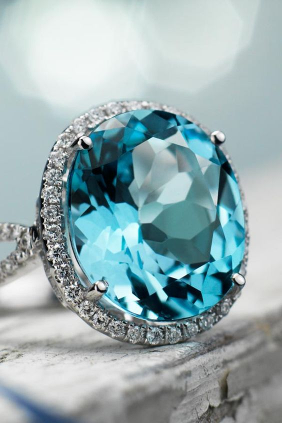 My dream engagement ring!!!!! I do not have words to express how much I love this ring! It's even my favorite color!  #BlueNile