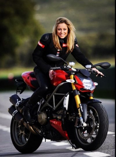 Motorcycle Girl I guess a few girl bike riders amongst the cars is okay...  http://naturalremedies.aktpromotions.net/: Ducati Girl, Biker Chick, Motorcycles Girls, Biker Girl, Sexy Biker, Girls Motorbike, Biker Queen, Bikergirl