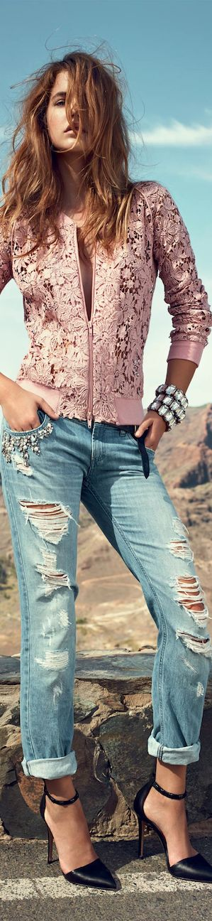 .See more Fashion Combos on http://pinmakeuptips.com/3-outstanding-fall-2014-fashion-combos-with-skinny-jeans/: Ripped Jeans, Denim Jeans, Pink Lace, Denim Fashion, Street Style, Blue Jeans, Summer Jacket, Lace Jacket