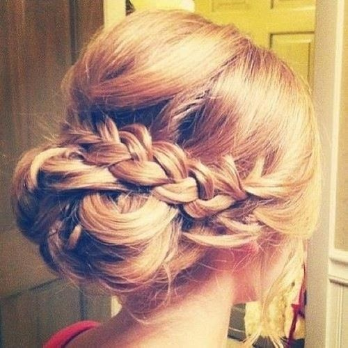awesome for bridesmaids! Or put bun on side for bride hair
