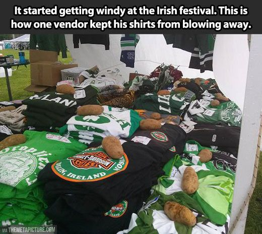 How they do it in Ireland...haha this is funny.: Giggle, Irish Ingenuity, Potatoes, Funny Stuff, Funnies, Hilarious, Irish Thing, Irish Festival