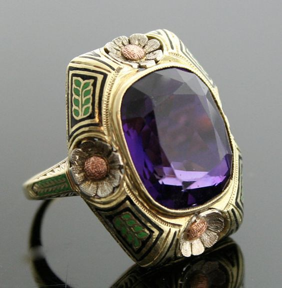 Tri-Gold Ring with Large Amethyst.  This special ring was designed with all the beauty of the Arts & Crafts era and has hints of the beginnings of Art Nouveau.: Tri Gold Ring, Amethysts, Antique Jewelry, Jewelry Rings, Amethyst Jewelry Gemstones, Amet