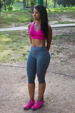 Fitness Doesnt Mean Curveless (by Tatiana Eugenia) http://lookbook.nu/look/3927440-Fitness-Doesnt-Mean-Curveless: Motivation Fitness Body, Fit Body, Body Goals, Fitness Doesnt, Curvy Body Motivation, Curvy Fitness, Fitness 40, Fitness Motivation