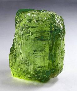 Peridot: Harmonizes relationships by alleviating  jealousy & anger + enhances compassion & assists in rebirth & renewal: Crystals Gems Minerals Rocks, Crystals Gemstones Rocks, Peridot Gemstones, Gemstones Minerals, Rocks Minerals, Crystals Mi