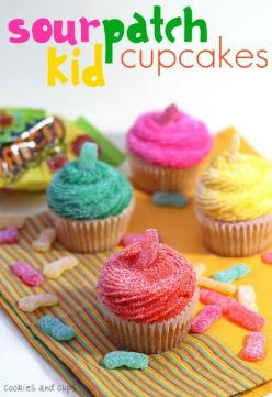Sour patch kid cupcakes- my boys would love these!: Cupcakes Cake, Kid Cupcakes, Cuppycake, Sweet, Cuppy Cake, Sour Patch Kids, Patch Cupcakes, Dessert