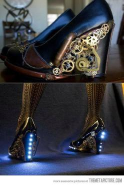 Steampunk Heels. Ooooh!!! I would gladly wear those things, even though the heels are a good 2 inches higher than I feel safe perched upon.: Fashion, Steampunkshoes, Steampunk Shoes, Style, Awesome, Steampunk Heels, Steam Punk, Costume, Light