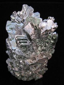 This is a synthetic magnesium crystal cluster. It was done by distilling magnesium: Jewellry Crystals Minerals, Flickr, Magnesium Crystal, Crystals Minerals Gemstones, Crystal Cluster, Crystals Cluster, Gemstones Minerals Crystals, Crystals Gemstone Miner
