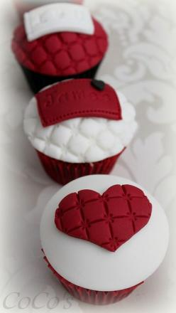 Valentine Cupcakes by Coco's #Cupcakes Camberley www.findiforweddings.com: Valentines Cupcakes, Cupcakes Love Valentines, Valentine Sday Cupcakes, Cupcakes Camberley, Creative Cupcakes, Valentine Cupcakes, Cookies Cupcakes Muffins, Coco S Cupcakes, Cu