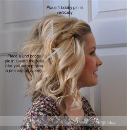 "23 Five-Minute Hairstyles For Busy Mornings this is the cutest ""medium length hair style"" iv'e seen <3: Hair Ideas, Short Hair, Hairstyles, Hair Tip, Hairdos, Hair Styles, Hair Do, Hair Makeup, Bobby Pin"