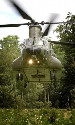 A Mk 3 Chinook from RAF Odiham practices landing in a confined area.: Military Aircraft, Raves, Practices Landing, Helicopters Trains Tanks, Aviation Helicopter, Chinook Landing, Raf Mk, Raf Odiham