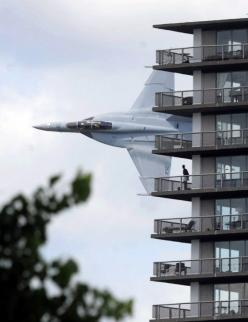 A Navy F/A-18F Super Hornet crew got permission for a low-level demonstration flight, as part of the opening ceremony for a speedboat race on the Detroit River, last weekend. This is what it looked like, for Motor City residents.: Photos, Picture, Stuff,