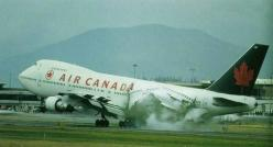 Air Canada 747 fuselage explosion on landing: 747 Crash, Military Aircraft, Airplanes Airplane Disasters, Air Crash, Airliners Aircraft, Airplane Crashes, Airplanes Airports