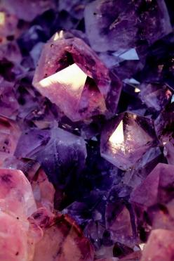 Amethyst: extremely powerful protective stone, aids against psychic attacks, blocks stress, promotes calming or can stimulate where appropriate | #perspicacityparty #magicgeodes #Amethyst: Crystals, Gemstones, Amethysts, Color, Mineral, Rock, Amethyst Cry
