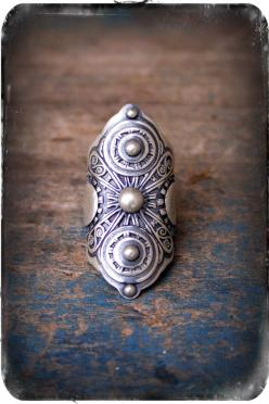 Armor Ring- A Sterling Silver Filigree Saddle Ring - WANT bohemian style: Filigree Saddle, Sterling Ring, Bohemian Style, Sterling Silver Filigree, Jewelry Rings