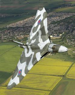 Avro Vulcan, one of the three 'v bombers' nuclear deterrents in the 50s and 60s. Also took part in the Falklands war. A beautiful delta winged bomber.: Fighter Planes Jets, Tall Guy, Avro Vulcan, Airplane, Aircraft, Fighter Jet, Jet Fighter, Photo
