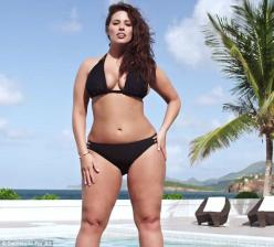 Bikini model makes history as the first plus size woman to feature in Sports Illustrated – and will make her debut in annual Swimsuit Issue!: Sports Illustrated Swimsuit, Models, Swimsuits, Ashley Graham, Google Search, Plus Sized Model, Plus Size Model