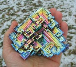Bismuth crystal (geology rocks rainbow diffraction microchip geometrical symmetry in nature fractal nature meets artificial): Crystals, Nature, Beautiful, Gem, Stones, Photo, Rocks, Minerals