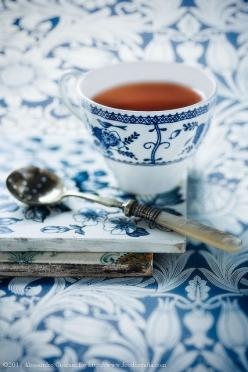 blue, white, vintage spoon, beautiful patterned china and a cup of tea...can anyone ask for much more?: Tea Party, Tea Time, Teas, Coffee, Afternoon Tea, Tea Cups, Teacups, Blue And White, Teatime