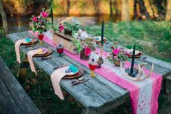 Bohemian wedding tablescape | Paula Bartosiewicz Photography | see more on: http://burnettsboards.com/2014/05/bohemian-gemstone-shoot-diy-elements/ #bohemian #wedding #reception: Table Decoration, Wedding Ideas, Picnic Tables, Bohemian Weddings, Table, Bo