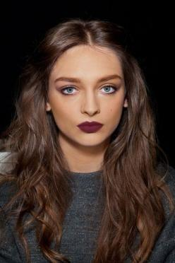 Bordeaux lip // fall look.: Winter Lip, Makeup, Hair Color, Dark Lip